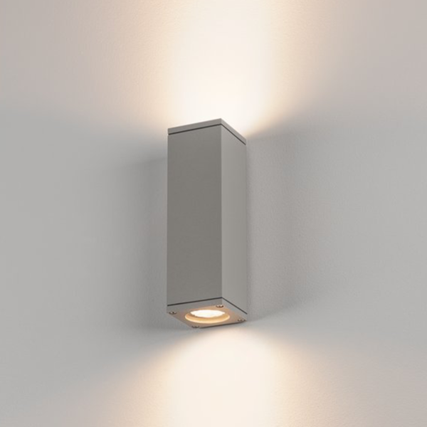 zweiflammige Wandleuchte Aluminium Licht
